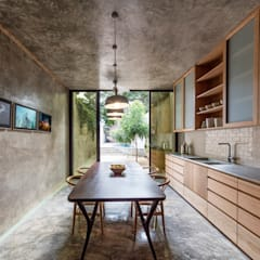 Small kitchens by Taller Estilo Arquitectura, Modern Wood Wood effect