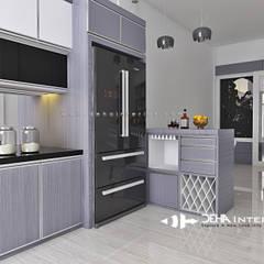 Project Thomin Shu: Dapur oleh deha interior pekanbaru, Modern