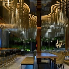 餐廳 by DECORACIÓN E INTERIORISMO OBRASA,