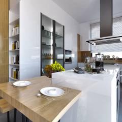ÖZGE İÇ MİMARLIK – MUTFAK:  tarz Küçük Mutfak, Modern