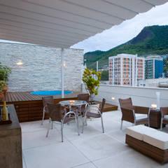 Teras oleh Viviane Cunha Arquitectura, Modern