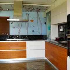 Residential Interior Project:  Built-in kitchens by Obaku Design