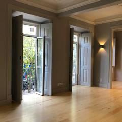 Janelas e portas modernas por MLeP - Marisa Lima Estudos e Projectos de Arquitectura Lda. Moderno