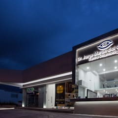 Clinics by Edgar Fuentes Arquitectos