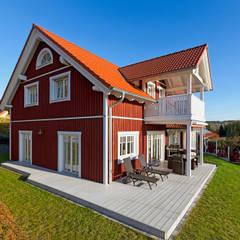 Balkon door homify, Scandinavisch Hout Hout