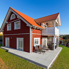 Balcón de estilo  por Skan-Hus Projekt GmbH
