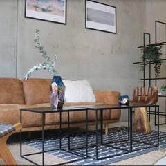 Design Studio Showroom :  Geschäftsräume & Stores von Ivy's Design - Interior Designer aus Berlin