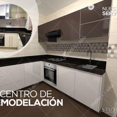 NUESTROS SERVICIOS: Cocinas integrales de estilo  por Studio 1:1 Arquitectura , Clásico