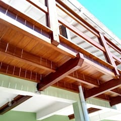 Balcony by Carpintaria Festugato,