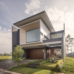 IL House: Rumah oleh Rakta Studio,