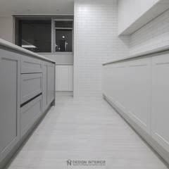 동탄메타폴리스 인테리어 50평대 주상복합 아파트인테리어 by.n디자인인테리어: N디자인 인테리어의  주방