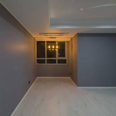동탄메타폴리스 인테리어 50평대 주상복합 아파트인테리어 by.n디자인인테리어: N디자인 인테리어의  방,