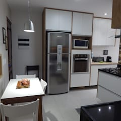 وحدات مطبخ تنفيذ Biancardine Interiores,