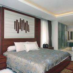 Bedroom by CV Berkat Estetika, Tropical Wood Wood effect
