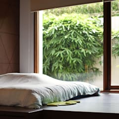Small bedroom by CV Berkat Estetika, Tropical Wood Wood effect