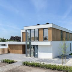 Villa Breda:  Villa door lab-R   architectenbureau