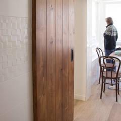 Built-in kitchens by Pin Estudio - Arquitectura y Diseño en Palencia,