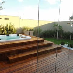 Hot tubs by Catini & Catini arquitetura