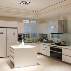 Cocinas de estilo  por 沐寬室內裝修設計有限公司,