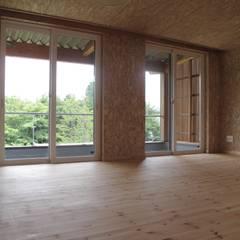 Teen bedroom توسط株式会社高野設計工房
