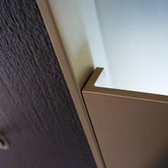 Front doors توسطErcole Srl, مدرن فلز