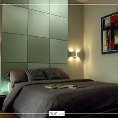 :  ห้องนอน โดย Bue Studio Co.,Ltd.,