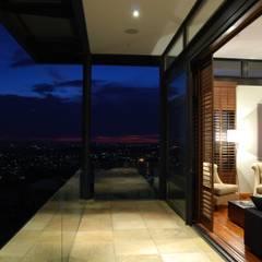 Hillside Haven - Loft House Bassonia:  Patios by CKW Lifestyle Associates PTY Ltd