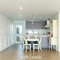 바이올렛의 우아함과 클래식한 가구들의 조합-우장산힐스테이트39평: 핀디자인(PIN:D)의  주방,클래식