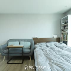 바이올렛의 우아함과 클래식한 가구들의 조합-우장산힐스테이트39평: 핀디자인(PIN:D)의  침실,클래식