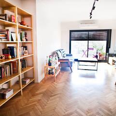 Living room by Ba75 Atelier de Arquitectura,