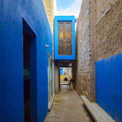 Detached home by ÖQ Arquitectos