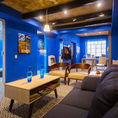 Casa-Oficina 1a de Mayo: Salas de estilo  por ÖQ Arquitectos