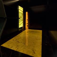 Front doors توسطErcole Srl, مدرن
