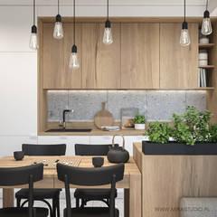 KRAKÓW, WROCŁAWSKA - MIESZKANIE : styl , w kategorii Kuchnia zaprojektowany przez MIRAI STUDIO,