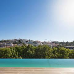 LIBERDADE 40 por Contacto Atlântico - Arquitectura Moderno