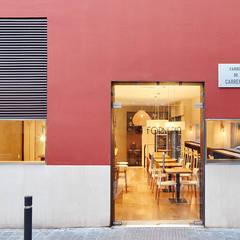 Espacios comerciales de estilo  por Piedra Papel Tijera Interiorismo