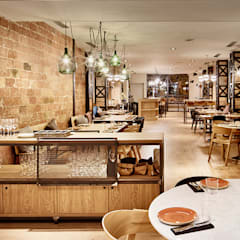 Industrial style gastronomy by Piedra Papel Tijera Interiorismo Industrial