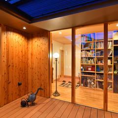 Houten ramen door 木の家株式会社