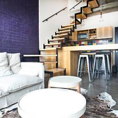 Reforma de un loft de Ba75 Atelier de Arquitectura Moderno