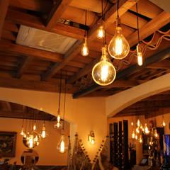 Dining room by Licht-Design Skapetze GmbH & Co. KG,