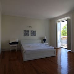 Apartamento Duplex T4 Arroios - Lisboa Quartos mediterrânicos por EU LISBOA Mediterrânico