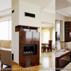 Przytulny dom pod Krakowem.: styl , w kategorii Salon zaprojektowany przez MAXDESIGNER
