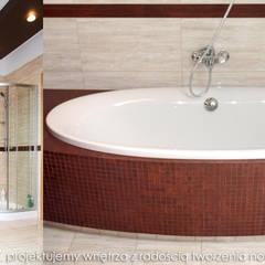 Przytulny dom pod Krakowem.: styl , w kategorii Łazienka zaprojektowany przez MAXDESIGNER
