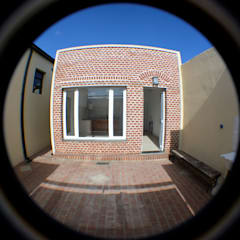 Small houses by Casas del Sol, Modern Bricks