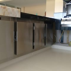 Gibeli Refrigeração의  발코니, 인더스트리얼 금속