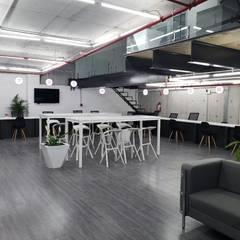 DIDI DC MTY: Estudios y oficinas de estilo  por NR Contruccion