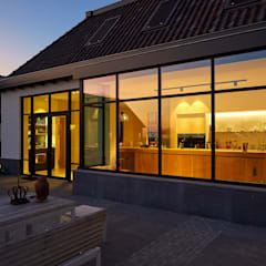 Villa by Vermeer Architecten b.v.