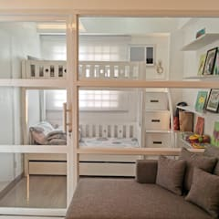 Zinnia Towers Project:  Small bedroom by TG Designing Corner