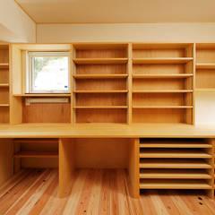 Ruang Kerja oleh 一級建築士事務所 感共ラボの森, Asia Kayu Wood effect