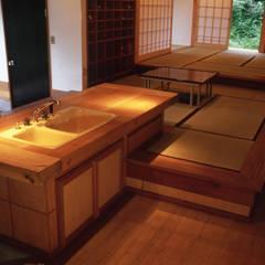 週末農家: (株)独楽蔵 KOMAGURAが手掛けた和室です。,